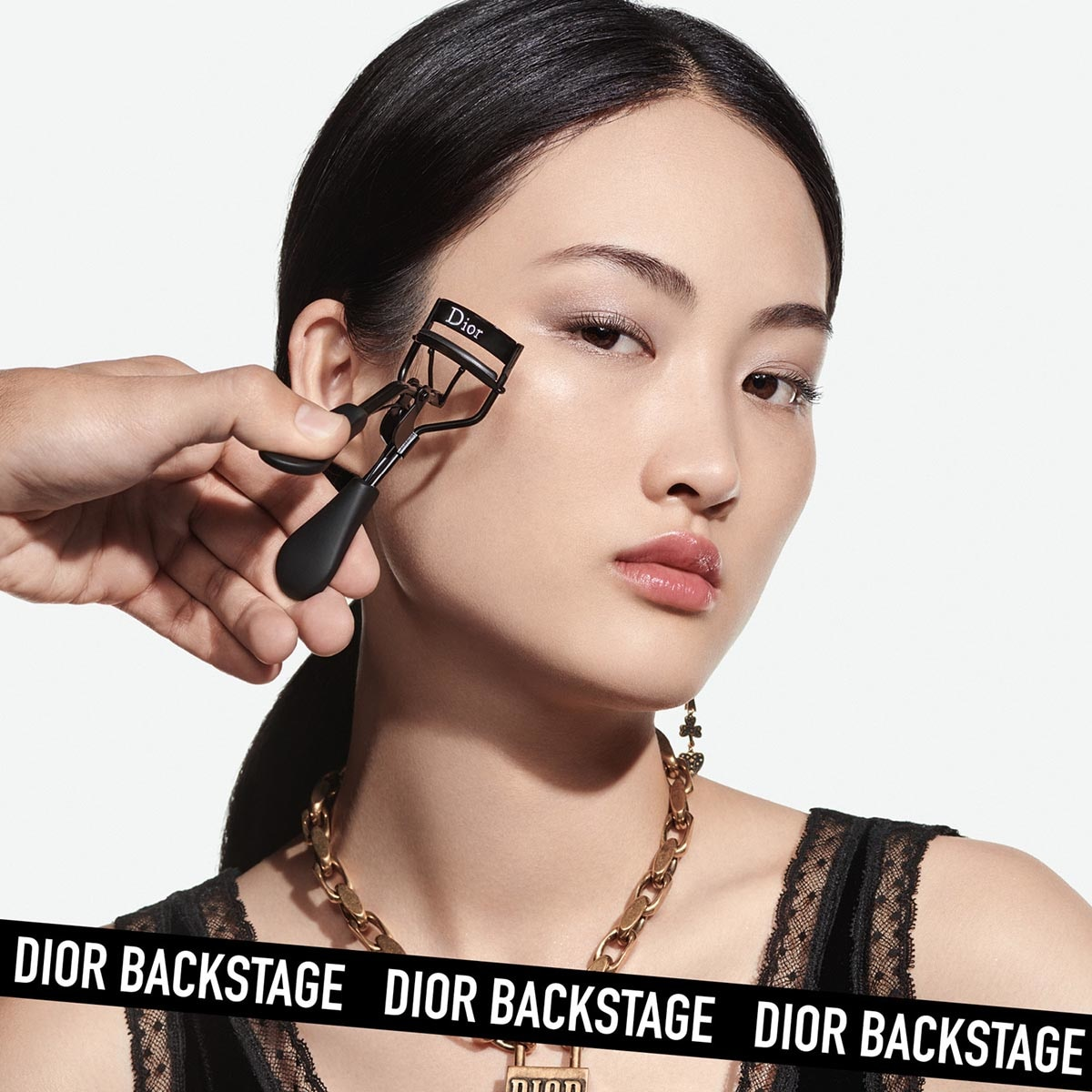 BACKSTAGE SMOOTH LASH CURLER